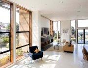 przestronne wnętrze domu